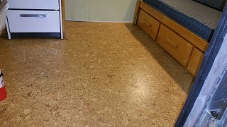 Click image for larger version  Name:Corkfloor2.jpg Views:121 Size:290.3 KB ID:283634