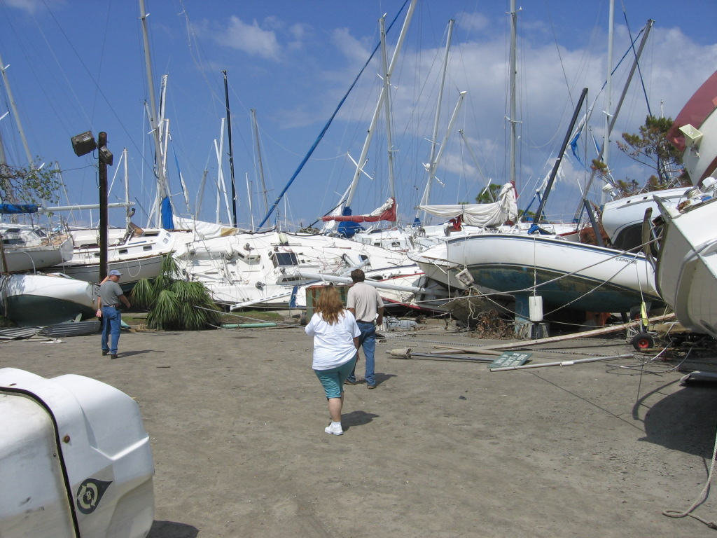 Click image for larger version  Name:boats2.jpg Views:62 Size:266.3 KB ID:28398