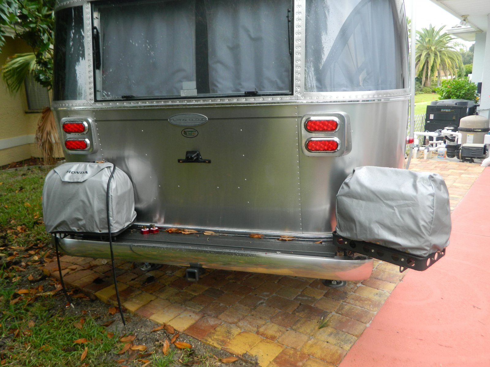 Click image for larger version  Name:Airstream Generator Mounts.jpeg Views:61 Size:302.6 KB ID:284964