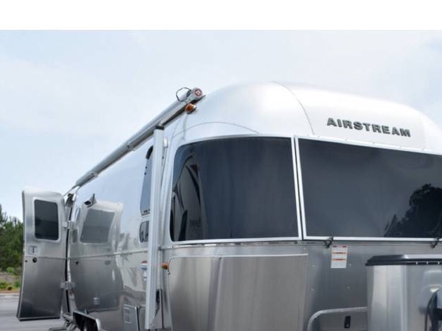 Perfect Zip Dee Relax Power Awning - Airstream Forums