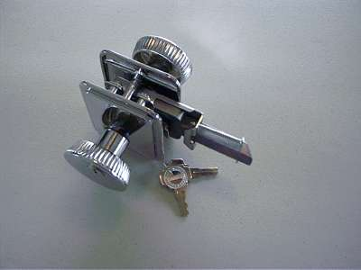 Click image for larger version  Name:Door lock.jpg Views:106 Size:9.4 KB ID:28703