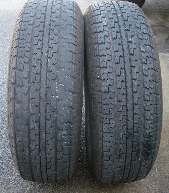 Click image for larger version  Name:2oldtires-a.jpg Views:201 Size:153.0 KB ID:28819