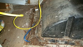 Click image for larger version  Name:74-argosy-rear-tubing-rot.jpg Views:51 Size:304.7 KB ID:289078
