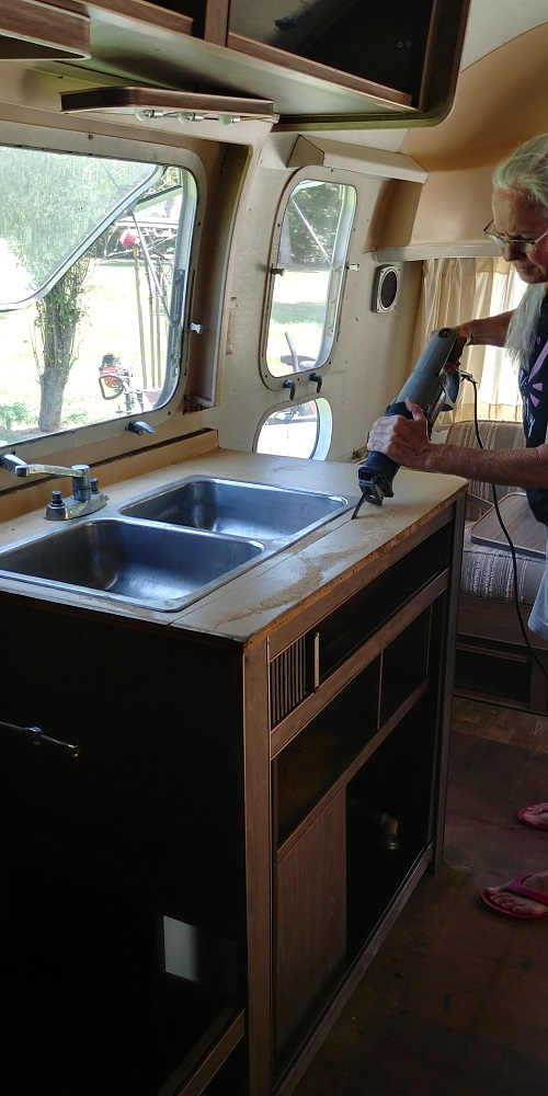 Click image for larger version  Name:sink.jpg Views:89 Size:198.0 KB ID:291039