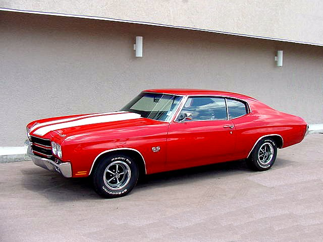 Click image for larger version  Name:1970_Chevelle_SS%20red%20white%20twin.jpg Views:74 Size:59.3 KB ID:29112