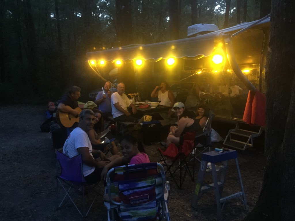 Click image for larger version  Name:AirstreamParty.jpeg Views:103 Size:132.4 KB ID:292100