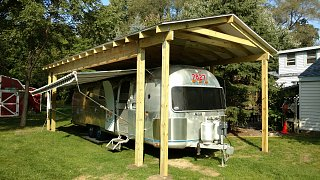 Click image for larger version  Name:Awnings Out 01.jpg Views:116 Size:428.6 KB ID:297494