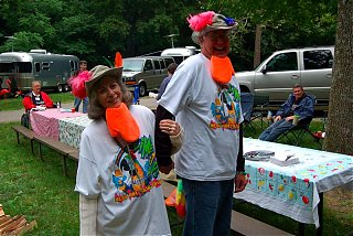 Click image for larger version  Name:parrotheads.jpg Views:84 Size:135.9 KB ID:29837
