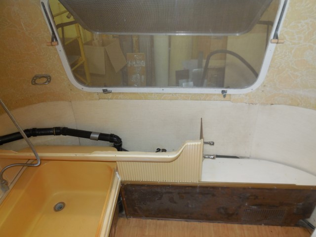 Click image for larger version  Name:1711 Bath Sink Out (Small).JPG Views:66 Size:113.5 KB ID:298595