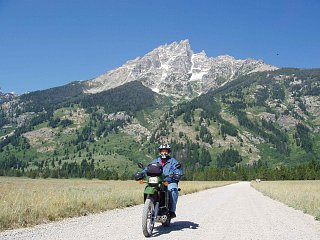 Click image for larger version  Name:Tetons.jpg Views:79 Size:372.2 KB ID:302338