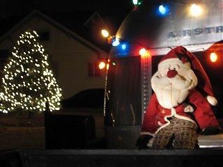 Click image for larger version  Name:AS~Santa~06~rs.jpg Views:78 Size:78.0 KB ID:30245