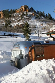Click image for larger version  Name:IMG_6533 Snow and rocks-s.jpg Views:129 Size:140.8 KB ID:30297