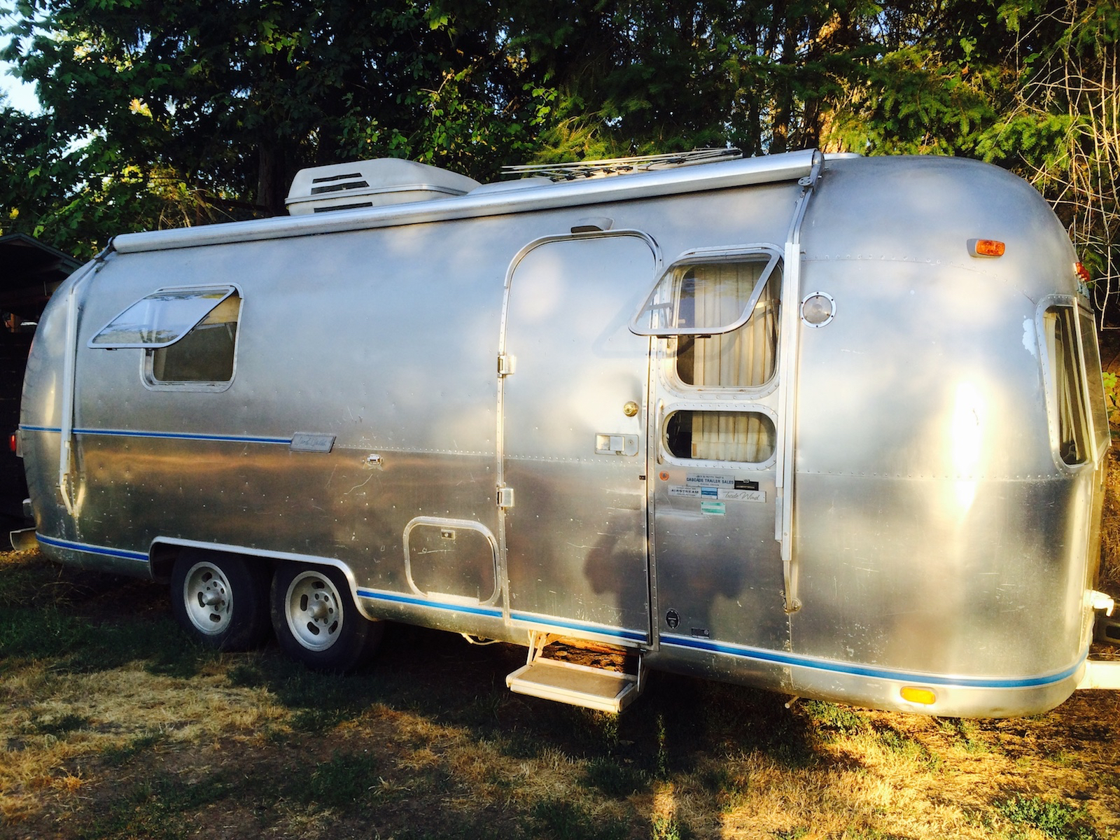 Click image for larger version  Name:airstream1.jpg Views:56 Size:2.14 MB ID:303082
