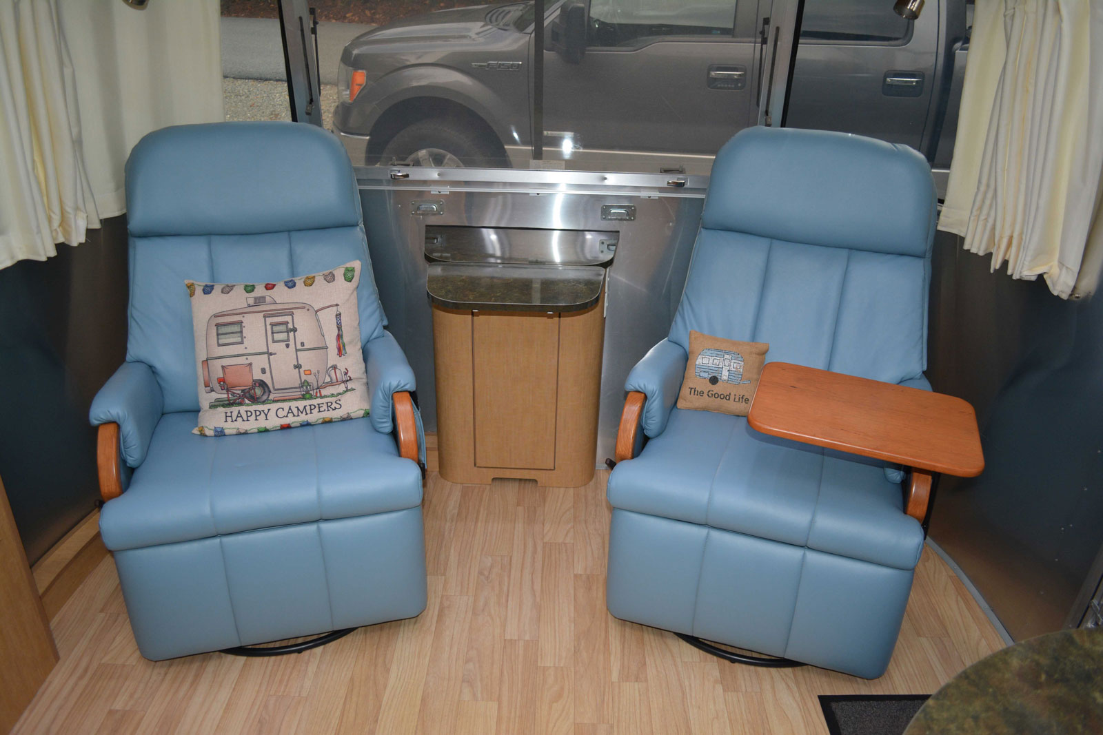 Click image for larger version  Name:Dinette-conversion-1.jpg Views:101 Size:217.7 KB ID:303310