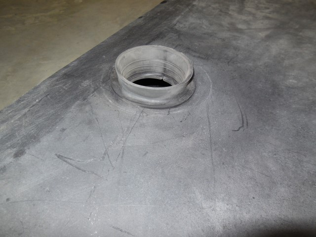 Click image for larger version  Name:1801 Waste Tank Grommet (Small).JPG Views:50 Size:129.9 KB ID:303330