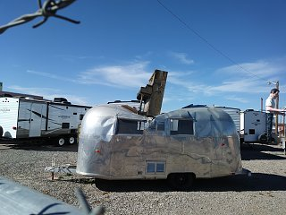 Click image for larger version  Name:Airstream Piano.jpg Views:69 Size:316.4 KB ID:303472