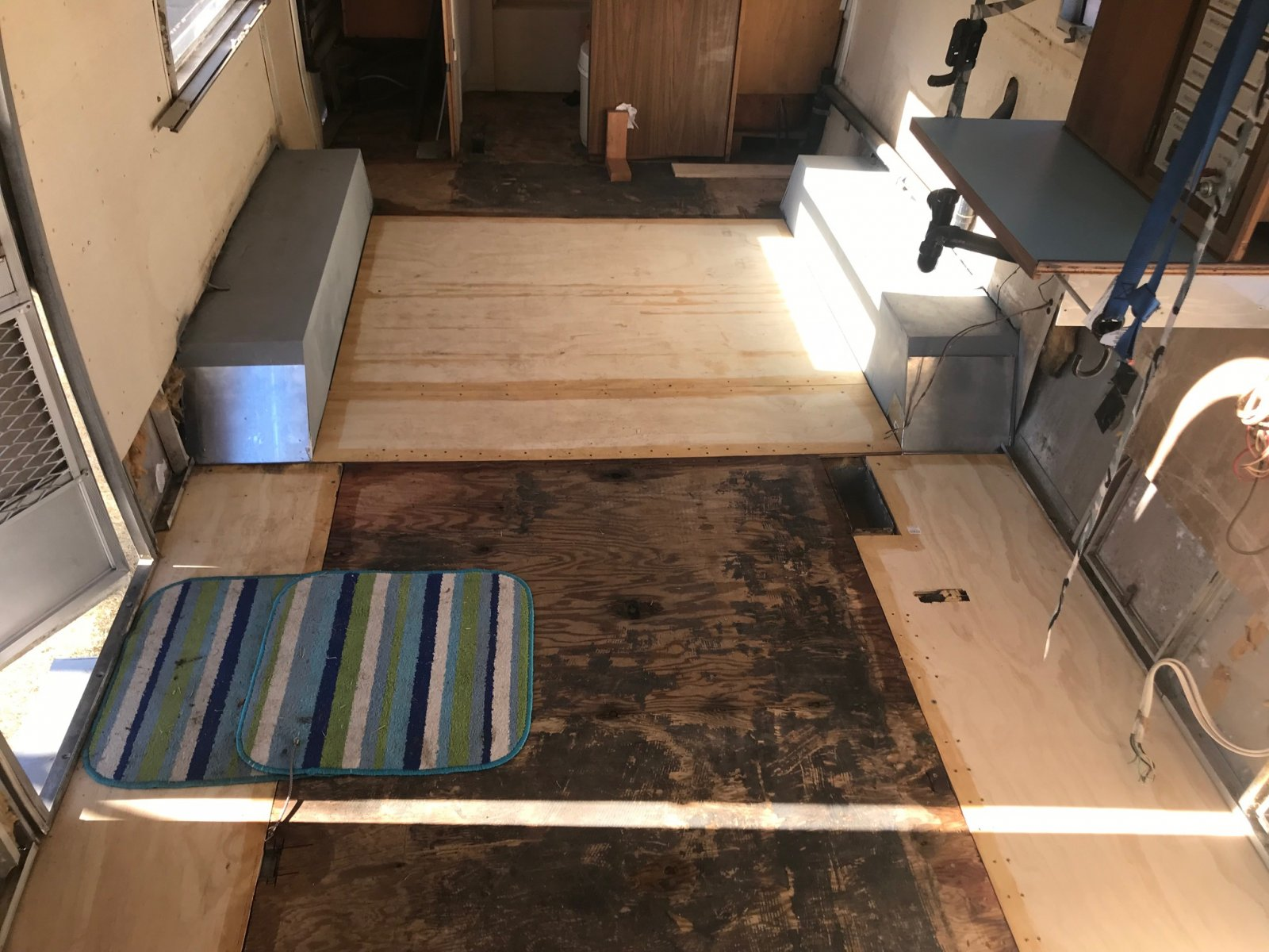 Click image for larger version  Name:Airstream New Floor.jpg Views:121 Size:271.3 KB ID:306936