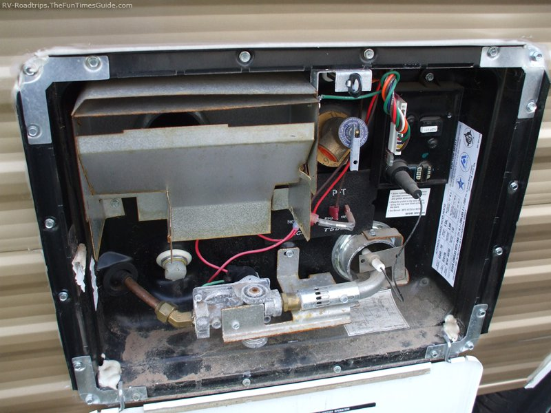 Click image for larger version  Name:rv-water-heater-repair.jpg Views:46 Size:95.8 KB ID:307901