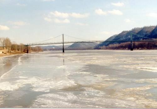 Click image for larger version  Name:bridge21.jpg Views:297 Size:21.1 KB ID:3083
