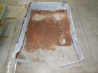 Click image for larger version  Name:1710 Waste Tank Black Pan Rust (Small).JPG Views:33 Size:139.1 KB ID:308425
