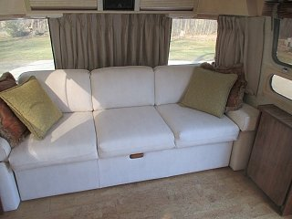 Click image for larger version  Name:1504 Couch Recovered 2 (Small).jpg Views:30 Size:69.8 KB ID:310703