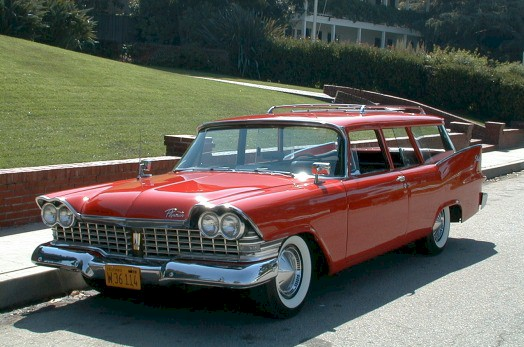 Click image for larger version  Name:1959_Plymouth_DeLuxe_Suburban.jpg Views:85 Size:67.4 KB ID:31139