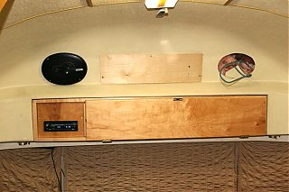 Click image for larger version  Name:IMG_6541 speaker and hole-s.jpg Views:408 Size:90.3 KB ID:31222