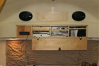Click image for larger version  Name:IMG_6544 installed speakers-s.jpg Views:435 Size:95.6 KB ID:31223