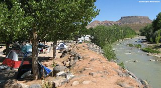 Click image for larger version  Name:zion-river-1100x600-5w5994.jpg Views:60 Size:362.9 KB ID:315728