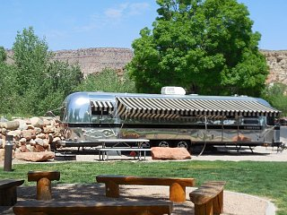 Click image for larger version  Name:1804 Zion Airstream (Small).JPG Views:32 Size:172.5 KB ID:315812