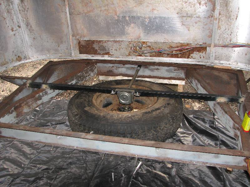 Click image for larger version  Name:Spare tire_0000002.JPG Views:72 Size:96.2 KB ID:31725