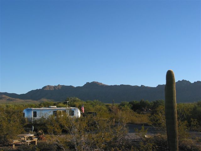 Click image for larger version  Name:2006 Nov-Tucson Camping 011.jpg Views:107 Size:38.5 KB ID:31729