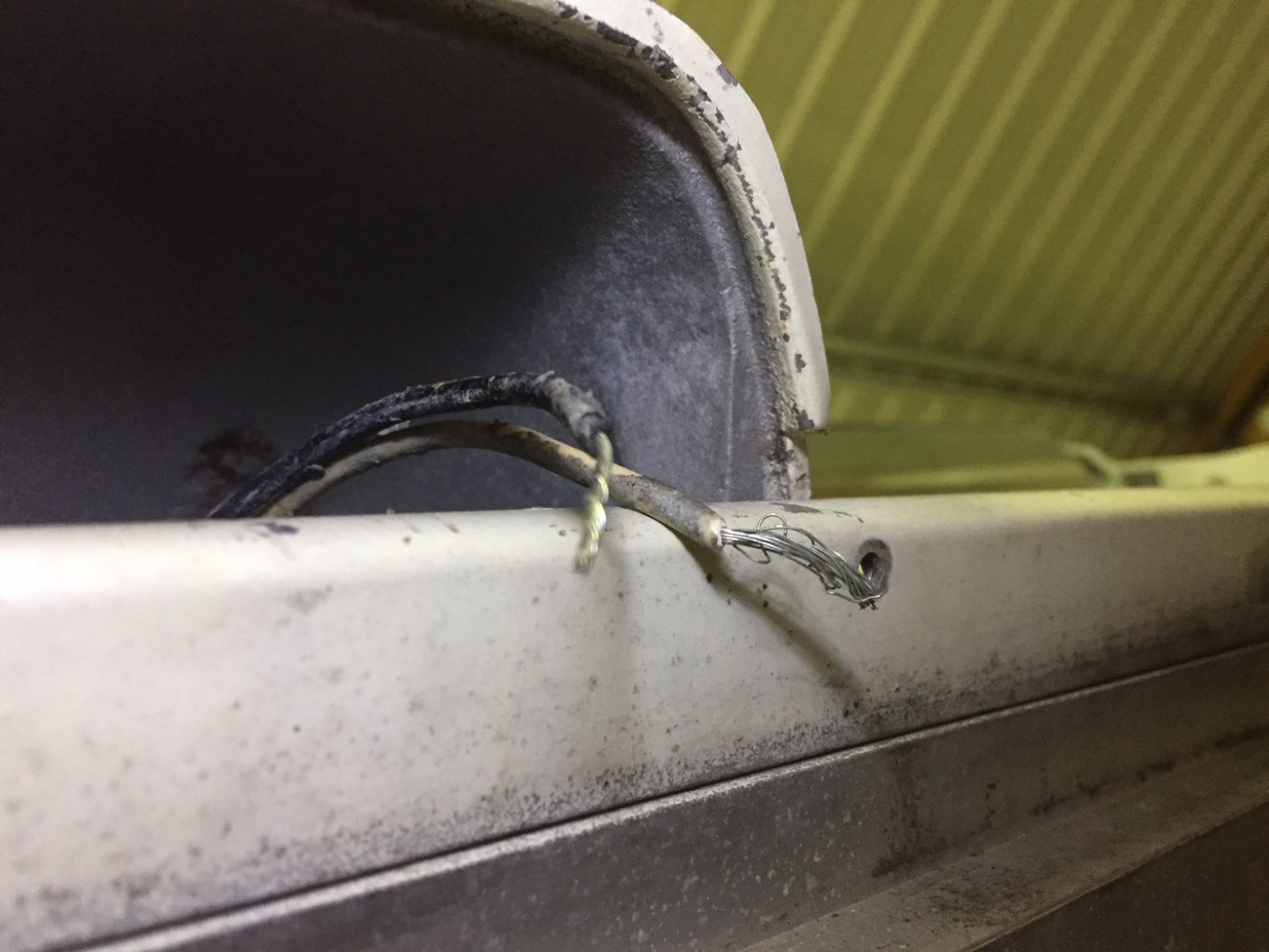 I shouldn\'t have cut the porch light wires... - Airstream Forums