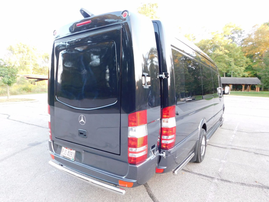 Click image for larger version  Name:used-2016-mercedes_benz-sprinter_cargo_vans-custombuild-3739-16867403-10-1024.jpg Views:82 Size:175.1 KB ID:318743