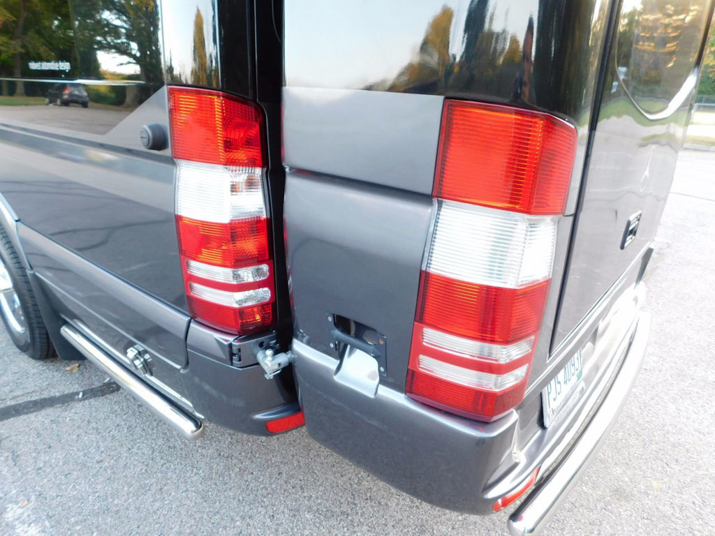 Click image for larger version  Name:used-2016-mercedes_benz-sprinter_cargo_vans-custombuild-3739-16867403-15-1024.jpg Views:82 Size:189.7 KB ID:318744