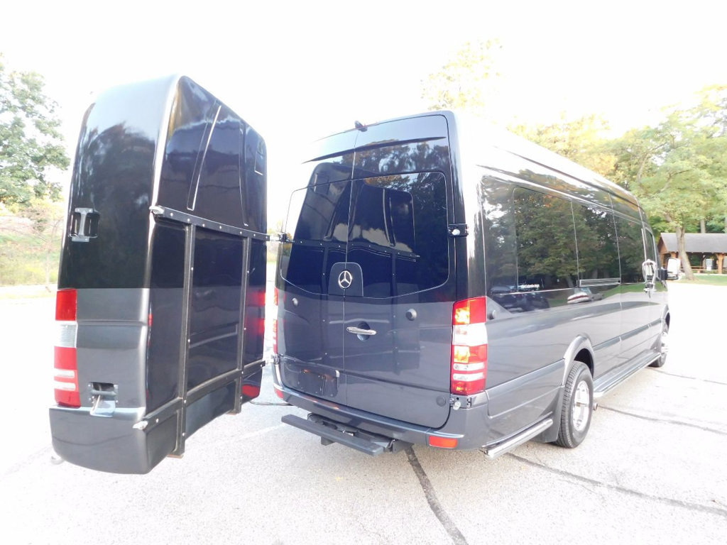 Click image for larger version  Name:used-2016-mercedes_benz-sprinter_cargo_vans-custombuild-3739-16867403-22-1024.jpg Views:80 Size:147.4 KB ID:318748