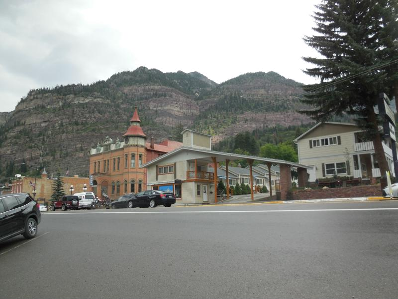 Click image for larger version  Name:1808 Ouray Town Scenic-800x600.jpg Views:57 Size:122.3 KB ID:319089