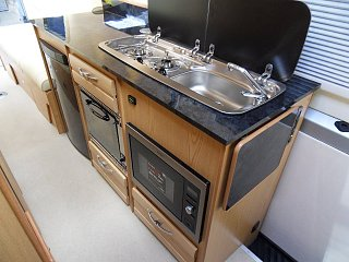 Click image for larger version  Name:Rear-Lounge-Mercedes-Motorhome-7.jpg Views:91 Size:128.5 KB ID:321285