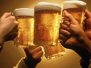 Click image for larger version  Name:beer_toast(1).jpg Views:71 Size:32.3 KB ID:32349