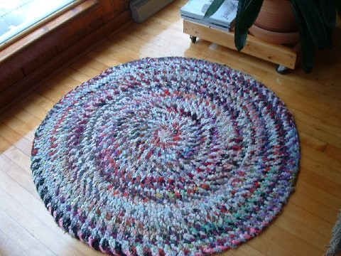 Click image for larger version  Name:Braided looped rugs 004.jpg Views:63 Size:72.3 KB ID:32421