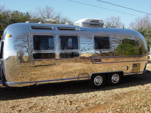 Click image for larger version  Name:bigshinything's '76 Caravanner 24'.jpg Views:146 Size:53.5 KB ID:32594