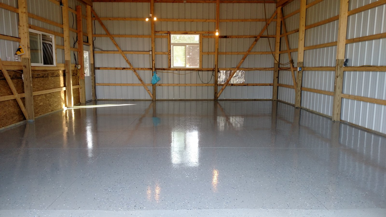 Click image for larger version  Name:Eddie's new place.jpg Views:106 Size:249.3 KB ID:326816