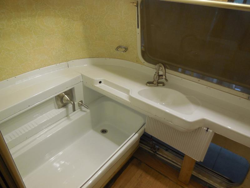 Click image for larger version  Name:1810 Bath Vanity Assembled 1-800x600.JPG Views:37 Size:96.8 KB ID:326830