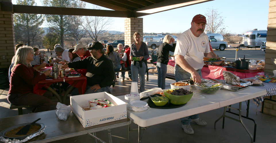 Click image for larger version  Name:IMG_1107 pot luck richard-s.jpg Views:59 Size:160.5 KB ID:32699