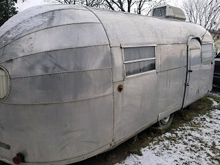 Click image for larger version  Name:airstream front quarter.jpg Views:60 Size:314.9 KB ID:327479
