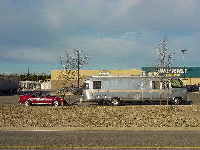 Click image for larger version  Name:2-19-07 Al & Honda at WalMart.JPG Views:195 Size:99.4 KB ID:32762