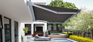 Click image for larger version  Name:luxaflex awning.jpg Views:58 Size:275.2 KB ID:328082
