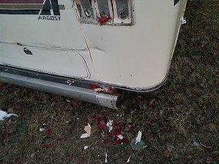 Click image for larger version  Name:trailer damage 1.jpg Views:22 Size:340.1 KB ID:328808