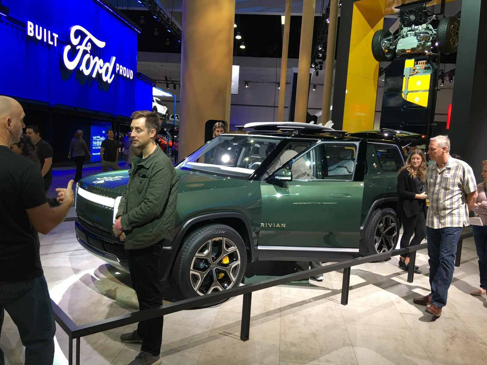 Click image for larger version  Name:Rivian SUV.jpg Views:47 Size:310.2 KB ID:329304