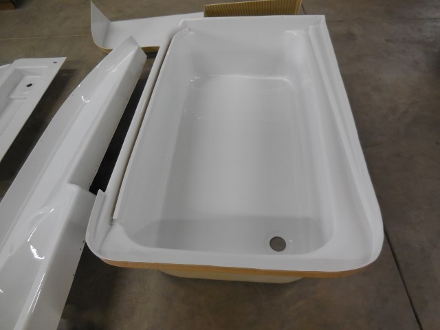 Click image for larger version  Name:1805 Bath Paint tub (Small).JPG Views:42 Size:100.4 KB ID:330167